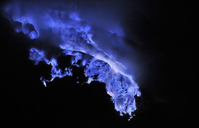 blue-lava3